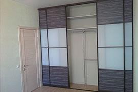 Шкафы-купе длиной 3 метра